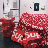 Supreme x LV Conditioning Throw Blanket Quilt For Bedroom Living Rooms Sofa