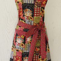 Harvest Theme Apron, Scarecrows, Sunflowers,Patchwork, Women's Full Apron, Vintage Style, KitschNStyle