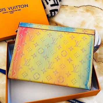 Inseva LV Louis vuitton is selling new gradient printed monogram women's make-up bag