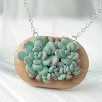 Green Succulent Necklace Pendant Handmade Wooden Basis Medallion Jewelry Succulent wedding birthday gifts
