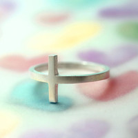 Matt plated cross ring/Telling unchangeable and strong heart