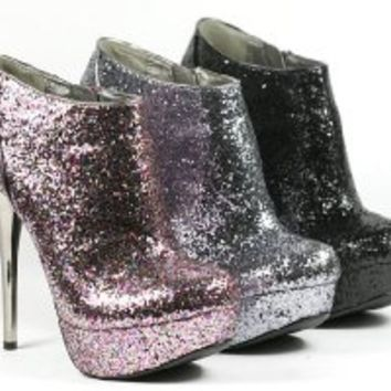 Pewter (Silver) Glitter Bootie by Qupid (Neutral-237) (6)