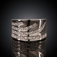 Elegant Curve White Gold Plated Ring