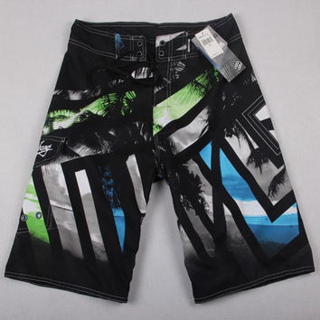 Embroidery Patchwork Shorts For Men 021