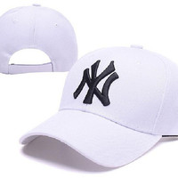 New Design Pattern MLB Yankees Classic Collection Baseball Caps Front Embroidery on field Adjustable Hats XD