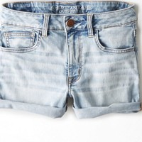 AEO Women's Denim X Hi-rise Shortie (Light Destroy Wash)