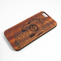 Generic Cell Phone Case for iPhone 6 Skull PVC Rose Wood