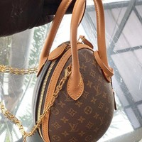 Louis Vuitton Lv Bag #686