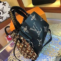 LV Louis Vuitton MAGICLOOK ON THE GO Inspired Style Women Handbag Tote Shoulder Extremely Large 33x23x15cm Bag Brown Monogram Plus Reverse Universal Color Organizer Onthego Bag made of Canvas