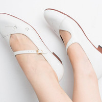 Size 10 NOS vintage White mary Janes