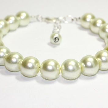 Extra Large Cream Pearl Dog Collar Pet Wedding Jewelry for Medium Dog Large Dog Ivory Pearl Collar Pet Accessories for Man's Best Friend