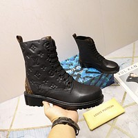 lv louis vuitton trending womens men leather side zip lace up ankle boots shoes high boots 138