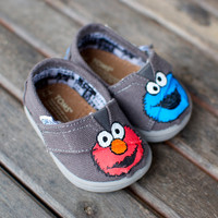 Elmo and Cookie Monster TINY TOMS