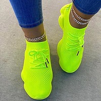 Mesh Shoe Covers Feet Flat Casual Sports Shoes Single Shoes Lace-up Flying Knitting Shoes Breathable Socks Shoes Bear Soles Flourescent green