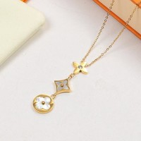 Shell Star Necklace