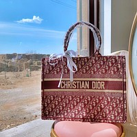 DIOR new product embroidery pattern letters ladies retro handbag shopping shoulder bag messenger bag Red