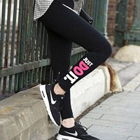NIKE  Womens sports casual pants