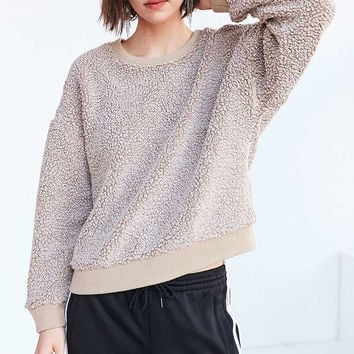 Silence + Noise Fluffy Pullover Sweatshirt - Urban Outfitters