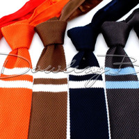 Double Bar Knit Tie