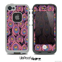 The Inverted Peacock Green Feather Bundle Skin for the iPhone 4 or 5 LifeProof Case