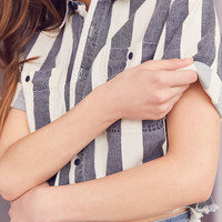 Vintage Striped Button-Down Cropped Shirt | Urban Outfitters