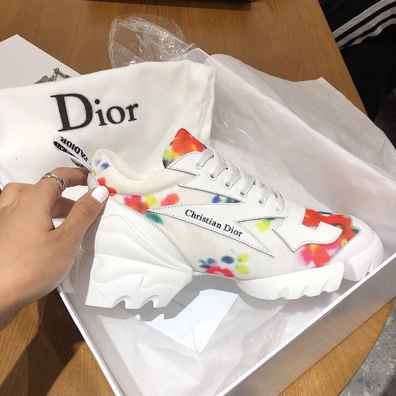 Image of DIOR D-CONNECT SNEAKER