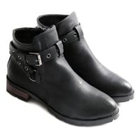 Ankle Boots With Cross Straps and Zipper Design