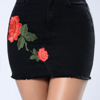 In Clutch Skirt - Black