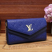 Louis Vuitton LV Fashion Leather Chain Crossbody Shoulder Bag Satchel