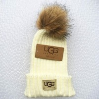 UGG Fashion Men And Women Knitted Cap White Tagre™