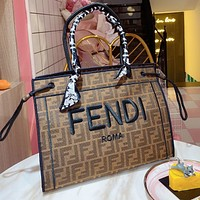 FENDI Embroidered Line Letter Simple Ladies Handbag Shopping Messenger Bag Shoulder Bag