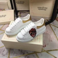 heel: 4.5M Alexander Mcqueen womens leather Reflective Thick-soled Shoes low-top White Shoes boots best qualiry gold