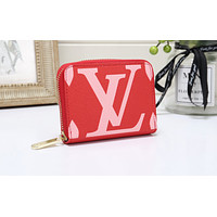 Louis vuitton's fashionable printed ladies' handbags are hot sellers of small zip-up wallets Red