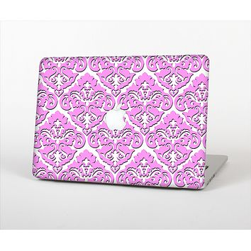 """The Pink & White Delicate Pattern Skin Set for the Apple MacBook Pro 13"""" with Retina Display"""