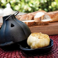 Charcoal Companion Cast Iron Garlic Roaster & Squeezer Set - For Kitchen or BBQ Grill - CC5127