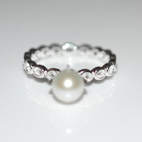Size 9 Silver White Pearl Circle Ring - Sterling Silver Ring with Fresh Water White Pearl Size 9