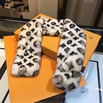 Lv Louis Vuitton New Velvet Leopard Print Scarf Comes With A Matching Scarf