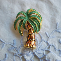 Palm Tree Brooch , Green Rhinestone and Gold Tone , Vintage Jewelry , Valentine's Day