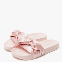 Puma / Bow Slide in Silver Pink