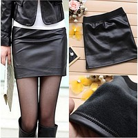 2018 Winter Women Pu Leather Skirts Trendy Office Ladies Black Faux Leather Short Skirt Imitation Leather Women's Slim skirts