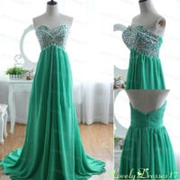 Green Rhinestoned A-line Sweetheart Neckline Sweep Train Prom Dress
