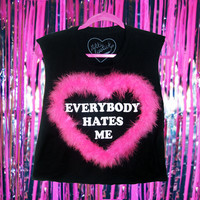 FLUFFY EVERYBODY HATES ME TEE