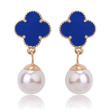 Beady Cleef Single Clover with Pearl - Gold & Blue