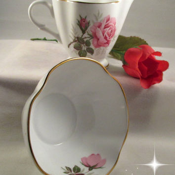 Clarence Bone China Creamer Sugar Bowl Pink Roses Gold Trimmed England