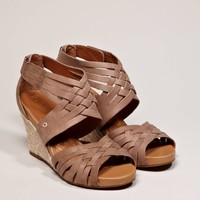 Indigo by Clarks Sky Pocomo Wedge Sandal - American Eagle Outfitters