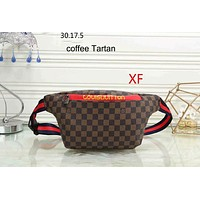 LV Louis Vuitton 2018 new female fashion casual wild shoulder bag F-LLBPFSH Coffee Tartan