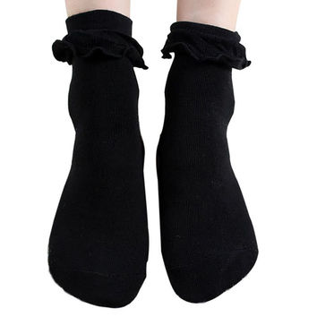 Kawaii  Socks With Lace Lovely  Girls Princess Lace Ruffle Sock Cute Ladies Retro Frilly Socks 01