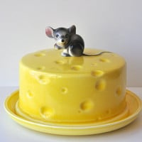 Vintage Ceramic Mouse and Cheese Plate with lid