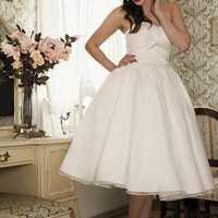 Dolly Couture *EXCLUSIVE BLACK LABEL* - Vintage Inspired Satin & Organza Gathered Sweetheart Luxor Tea Length Wedding Dress - Unique Vintage - Cocktail, Evening  Pinup Dresses