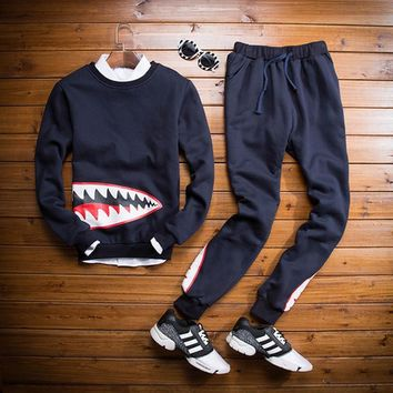 Hoodies Men Korean Slim Round-neck Pullover Men's Fashion Stylish Strong Character Fashion Sportswear Set [6572703175]